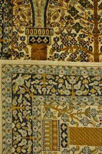 Spód dywanu jedwabnego