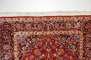 Zblizenie frędzli dywanu orientalnego