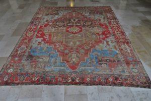 Antyczny dywan po renowacji