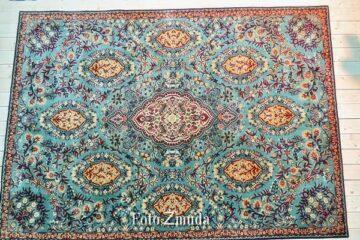 Zmniejszony dywan wełniany